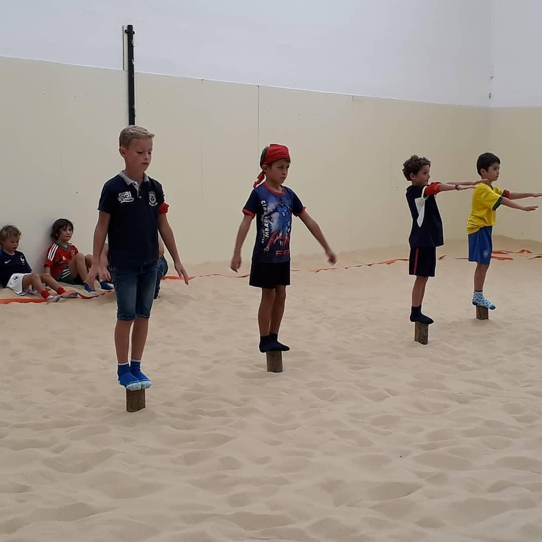 Vivez l'aventure Koh Lanta sur notre beach indoor - D'Sport & Co, votre club unique à Nantes