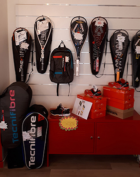 Proshop Squash Karakal chez D'Sport & Co à Nantes